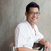 Nicholas Tang